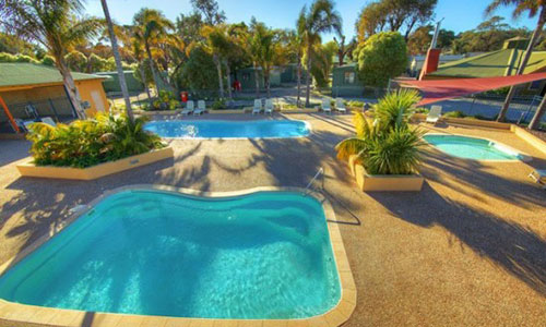 lakes entrance resorts